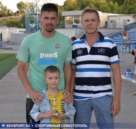 10082019 sevcup 49 442x420 - Кубок города по футболу остается у «Черноморца»