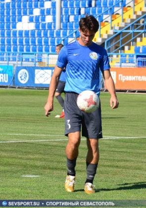 10082019 sevcup 5 295x420 - Кубок города по футболу остается у «Черноморца»