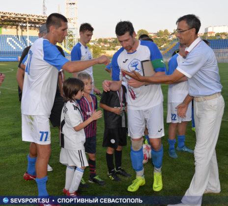 10082019 sevcup 53 464x420 - Кубок города по футболу остается у «Черноморца»