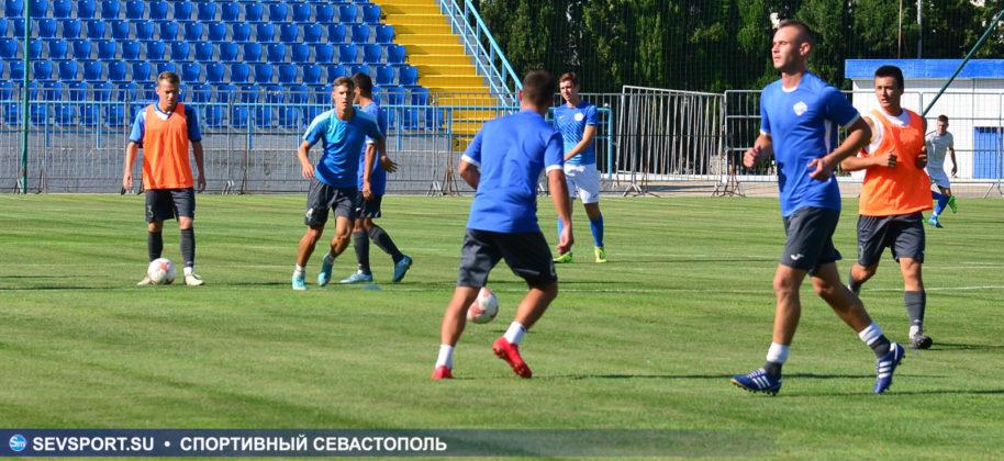 10082019 sevcup 7 914x420 - Кубок города по футболу остается у «Черноморца»