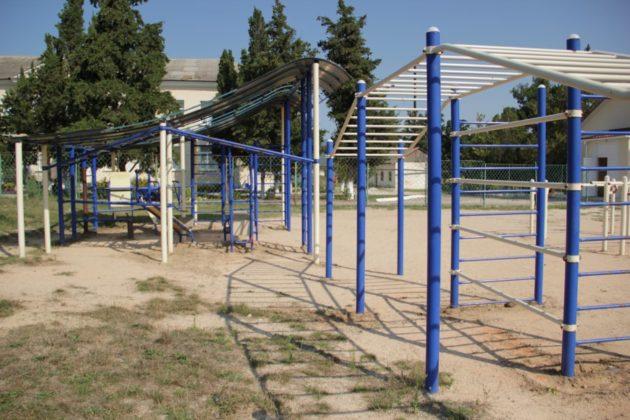 img 2513 630x420 - К новому учебному году в школе №47 села Орлиное появится новый спортивный объект