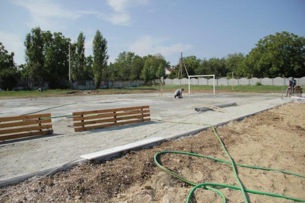 img 2523 630x420 - К новому учебному году в школе №47 села Орлиное появится новый спортивный объект