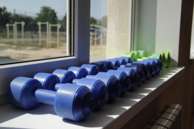 img 2593 630x420 - К новому учебному году в школе №47 села Орлиное появится новый спортивный объект