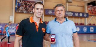 Владимир Плотка принят в Зал славы МЛБЛ