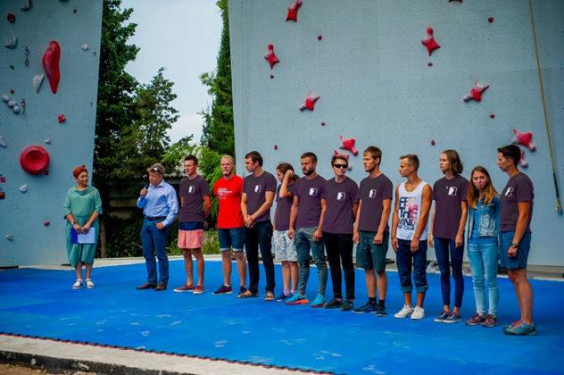 con5 rg9mg 632x420 - В Севастополе открыли скалодром мирового уровня