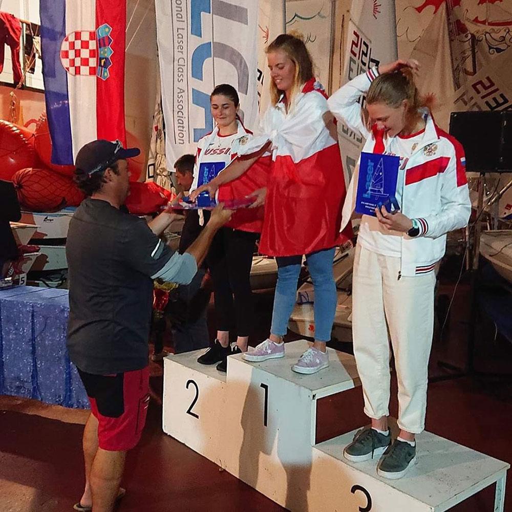 Валерия Ломатченко взяла серебро на первенстве мира в классе яхт «Лазер-радиал»