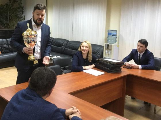 Севастопольским участницам и участникам IX Спартакиады учащихся вручили Кубок от имени министра спорта