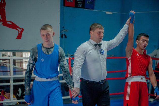 19012020 116 631x420 - В Севастополе завершилось первенство города по боксу среди юношей 2002-2003 г.р.